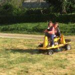 Petit tour de tracteur pour Justine